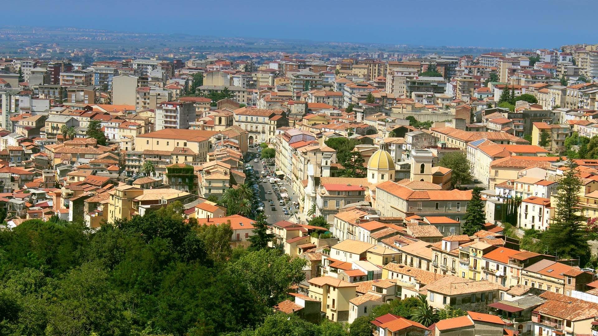 Lamezia Terme - Italie | Forfaits Vacances | Vols directs ...